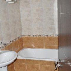 Отель Alpine Lodge Hotel Болгария, Банско - отзывы, цены и фото номеров - забронировать отель Alpine Lodge Hotel онлайн ванная фото 2