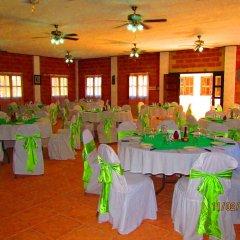 Отель El Bosque Hotel Гондурас, Копан-Руинас - отзывы, цены и фото номеров - забронировать отель El Bosque Hotel онлайн помещение для мероприятий фото 2