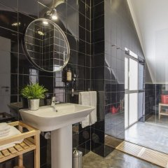 Отель Emporium Lisbon Suites 4* Улучшенный люкс с различными типами кроватей фото 12