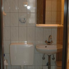 Buch-Ein-Bett Hostel Стандартный номер с различными типами кроватей фото 14