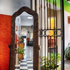 Отель Hostal de Maria Кровать в мужском общем номере с двухъярусной кроватью фото 4
