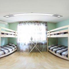 Stop-House Хостел Кровати в общем номере с двухъярусными кроватями