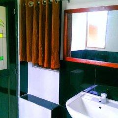 Отель Pelican View Cottages Шри-Ланка, Катарагама - отзывы, цены и фото номеров - забронировать отель Pelican View Cottages онлайн ванная фото 2
