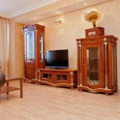 Апартаменты Apartments at Arbat Area комната для гостей фото 5