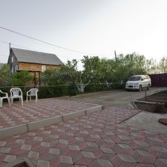 Отель Askar Guesthouse Кыргызстан, Каракол - отзывы, цены и фото номеров - забронировать отель Askar Guesthouse онлайн парковка