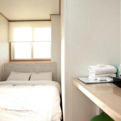 Отель K-POP GUESTHOUSE Seoul Station 2* Номер категории Эконом с двуспальной кроватью фото 2