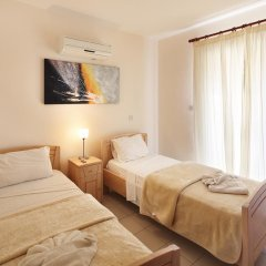 Отель Adamou Gardens комната для гостей фото 2