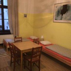 Hostel EMMA Стандартный номер с различными типами кроватей фото 5