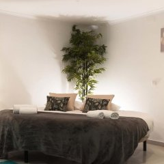 Отель West Side Guesthouse Люкс двуспальная кровать фото 5