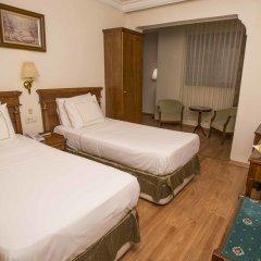 Hotel Golden Crown 3* Стандартный номер с двуспальной кроватью фото 11