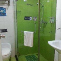 Отель 7 Days Inn Shenzhen Huaqiangbei Yannan Metro Station Branch Китай, Шэньчжэнь - отзывы, цены и фото номеров - забронировать отель 7 Days Inn Shenzhen Huaqiangbei Yannan Metro Station Branch онлайн ванная