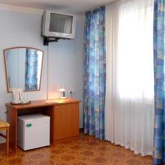 Гостиница Форсаж Стандартный номер с двуспальной кроватью фото 3