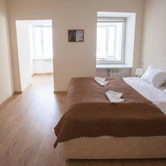 Гостиница Формула За Рулём Улучшенный семейный номер с двуспальной кроватью фото 9