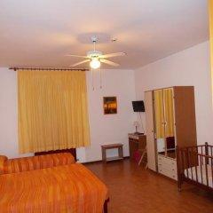Отель Pensione Delfino Azzurro 2* Стандартный номер фото 10