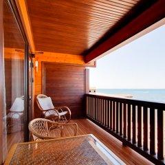Гостиница Золотая бухта Улучшенное бунгало с различными типами кроватей фото 5