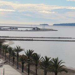 Отель Palmeras 5.2 Испания, Курорт Росес - отзывы, цены и фото номеров - забронировать отель Palmeras 5.2 онлайн пляж