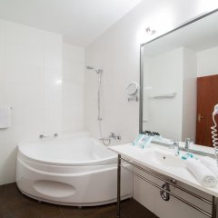Отель Hanza Hotel Польша, Гданьск - 2 отзыва об отеле, цены и фото номеров - забронировать отель Hanza Hotel онлайн ванная