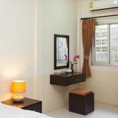 Отель Bangtao Kanita House 2* Номер Делюкс с двуспальной кроватью фото 9