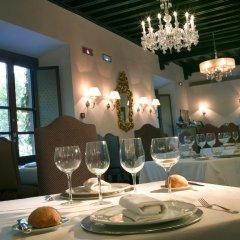 Отель Parador De Granada в номере фото 2