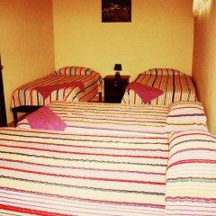 Hotel & Hostal Yaxkin Copan 2* Стандартный семейный номер с двуспальной кроватью фото 3