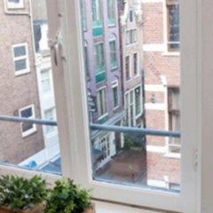 Отель The Leidse Square Stay балкон
