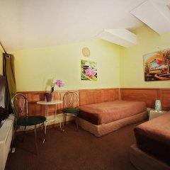 Отель Sleep In BnB 3* Стандартный номер с 2 отдельными кроватями (общая ванная комната) фото 3