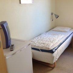 City Apartment Hotel 2* Номер категории Эконом с двуспальной кроватью (общая ванная комната) фото 3