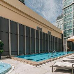 Отель InterContinental Residences Saigon бассейн