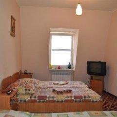 Гостиница Gostinnyy Dom na Kuznechnoy Улучшенный номер с различными типами кроватей фото 3