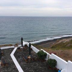 Отель Almyra Studios & Apartments Греция, Остров Санторини - отзывы, цены и фото номеров - забронировать отель Almyra Studios & Apartments онлайн пляж фото 2
