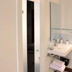 Отель Basic Confort 2 Испания, Сан-Себастьян - отзывы, цены и фото номеров - забронировать отель Basic Confort 2 онлайн ванная фото 2
