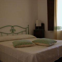 Отель B&B L'Umbra di lu Soli Кастельсардо комната для гостей фото 3