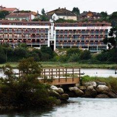 Отель Apartamentos Bahia de Boo Испания, Эль-Астильеро - отзывы, цены и фото номеров - забронировать отель Apartamentos Bahia de Boo онлайн приотельная территория