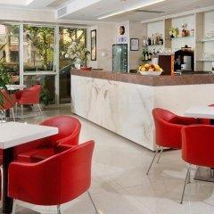 Hotel Aragosta Римини гостиничный бар