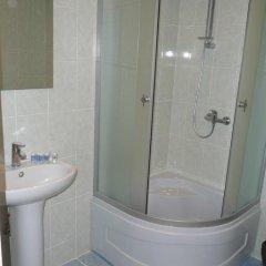 Гостиница Астория 3* Кровать в мужском общем номере с двухъярусной кроватью фото 26