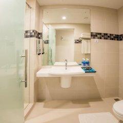 Отель Fairway Colombo 4* Улучшенный номер с различными типами кроватей