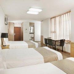 Отель Hyundai Residence Seoul 3* Стандартный семейный номер с двуспальной кроватью фото 3