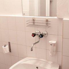 Hotel Inturprag 3* Стандартный номер с двуспальной кроватью фото 6