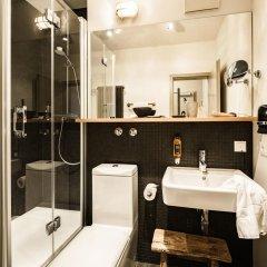 Отель BOLD Hotel München Zentrum Германия, Мюнхен - 10 отзывов об отеле, цены и фото номеров - забронировать отель BOLD Hotel München Zentrum онлайн ванная