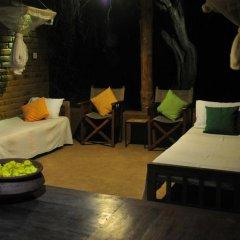 Отель Back of Beyond - Safari Lodge Yala 3* Бунгало с различными типами кроватей фото 14