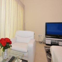 Апартаменты One Perfect Stay Studio Burj Al Nujoom удобства в номере