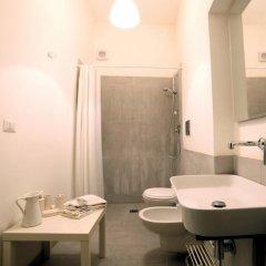 Отель Appartamenti di charme Ortigia Marilini Dulini Италия, Сиракуза - отзывы, цены и фото номеров - забронировать отель Appartamenti di charme Ortigia Marilini Dulini онлайн ванная