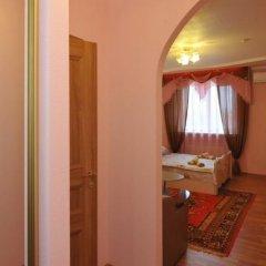 Гостиница Crown комната для гостей фото 9