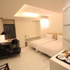 Grammos Hotel 3* Улучшенный номер с 2 отдельными кроватями