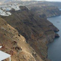 Отель Irini Villas Resort Греция, Остров Санторини - отзывы, цены и фото номеров - забронировать отель Irini Villas Resort онлайн пляж фото 2