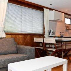 Отель Dutch Canal Boat Нидерланды, Амстердам - отзывы, цены и фото номеров - забронировать отель Dutch Canal Boat онлайн в номере фото 2