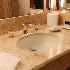 Отель Kitano New York ванная фото 2