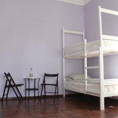Hostel DomZhur Кровать в женском общем номере с двухъярусными кроватями фото 7