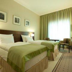 Capital Plaza Hotel 4* Стандартный номер с различными типами кроватей фото 4