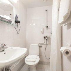 Arthur Hotel 3* Номер категории Эконом с двуспальной кроватью фото 2